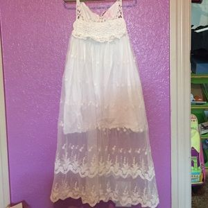 Little Miss Other - White lace dress. Excellent condition