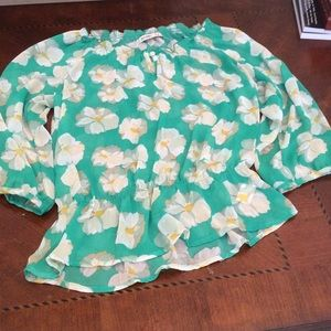 Old Navy Tops - Old navy green shirt with flowers.