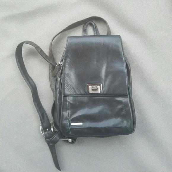 REDUCED ⤵Perlina Vintage Black Leather Backpack 15d6707716d01
