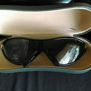 Valentino Accessories - 2001 Valentino Original Sunglasses