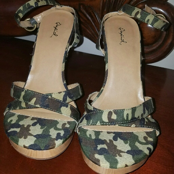 c226917a86 Jessica Simpson Shoes | Camouflage Sexy Kitten Heels | Poshmark