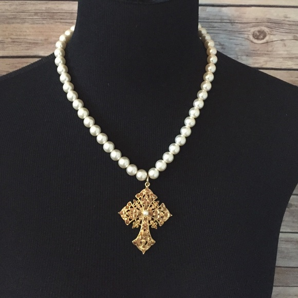 67 off premier designs jewelry pearl cross necklace for Premier jewelry cross ring