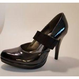 Gabriella Rocha Shoes - Chic Black Patent Mary Jane Heel 8 NIB