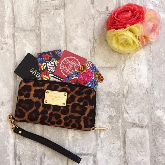62879d1e95432a Michael Kors Bags | Hold Mk Calf Hair Leopard Smartphone Wallet ...