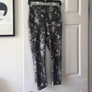 Emily Hsu Designs Pants - Emily Hsu Black Mamba Snake Python Print Capri S