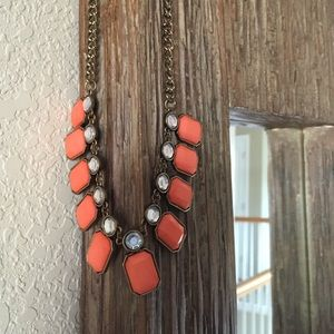 J Crew gold necklace with peach stones 🌼