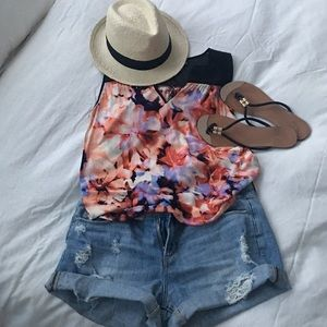 Closet Clear Out! Floral Tank Top