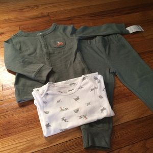Carter's Other - Carter's olive green dog themed layette