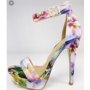 Shoes - Women's ankle strap stiletto in floral print