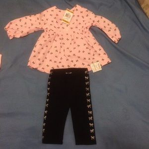 2 piece 0-3 month long sleeve outfit