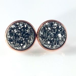 thejeweladdict Jewelry - 3 for 15🎀grey faux Druzy rose gold studs
