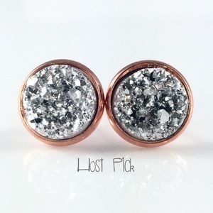 thejeweladdict Jewelry - 3 for 15🎀 silver faux Druzy rose gold studs