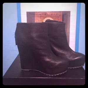 Shoes - Martiko Morgandy  ankle boot, black.