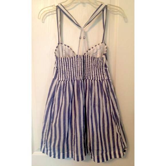 63 off hollister dresses amp skirts �blue and white