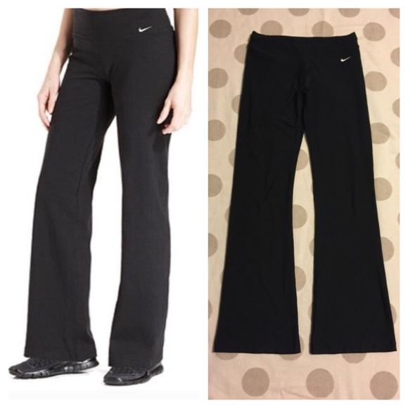 b967b02c9a9e34 Nike Fit Dry black flare yoga pants. M_57c3b8fc5c12f86efa052be4