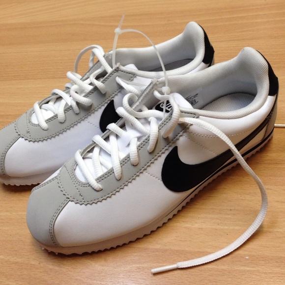 NEW Nike Cortez White Gray Black Shoes