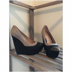 Lovely People Shoes - Lovely People :: Pointed Toe Wedge :: Black & Tan