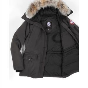 Canada Goose' Montebello Slim Fit Down Parka Genuine Jacket Size Xs