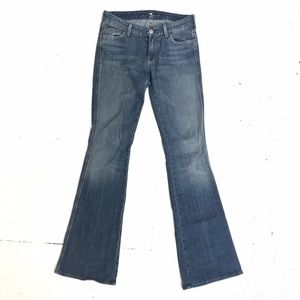 "7fam A pocket flares size 27 34"" inseam"