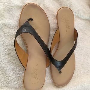 Jijil Shoes - j.jill black sandles