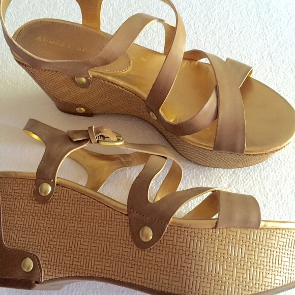 550b7754d955 Audrey Brooke Shoes - SALE ♥️Nude wedge sandals w gold accents.
