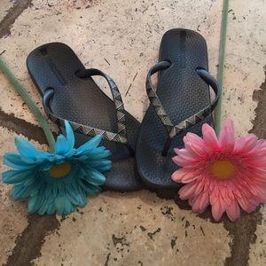 Ipanema Shoes - 🎊HP-5/24/17🎊👣Ipanema Flip flops👣