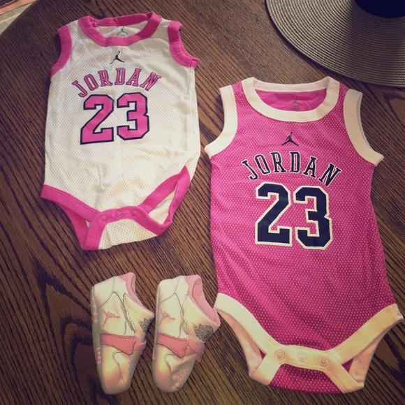 differently f7238 ad2ac Baby Girl Jordan Set