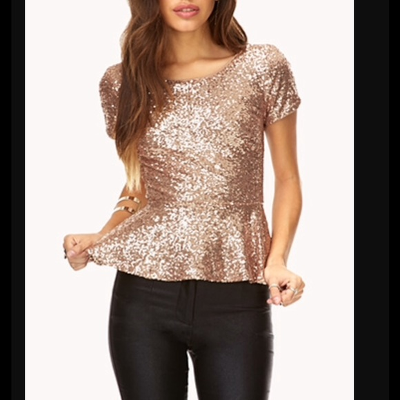 b4384032bd0 Forever 21 Tops - F21 Rose Gold Sequin Peplum Short Sleeve Top