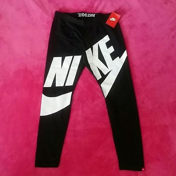 nike leggings exploded logo