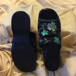 Ipanema Shoes - Ipanema platform slides.