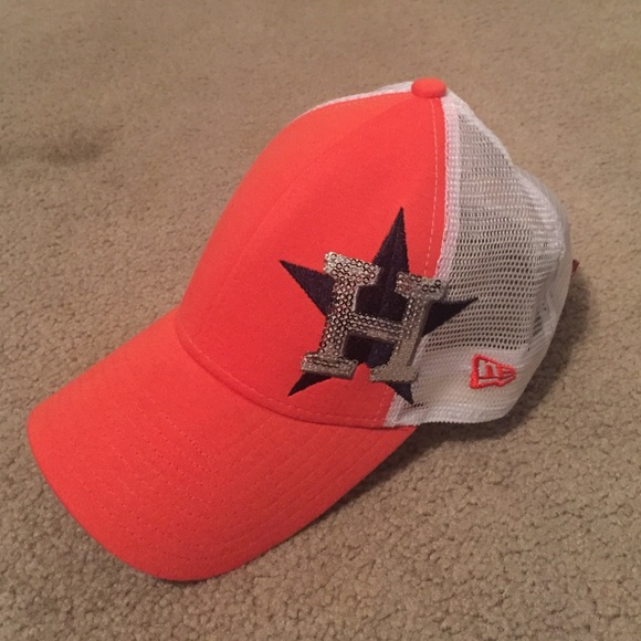 Women s Houston Astros cap. M 57c4bee241b4e0aa010049f6 0211a76b9e5