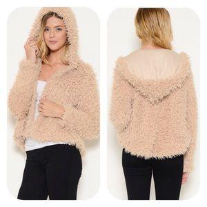 🍃💕HP Fluffy n Fun Faux Fur Hoodies Beige & Cream