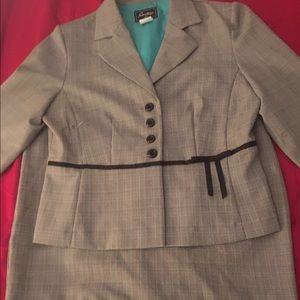 Sweet Peanut Dresses & Skirts - Woman's Modern Day Suit