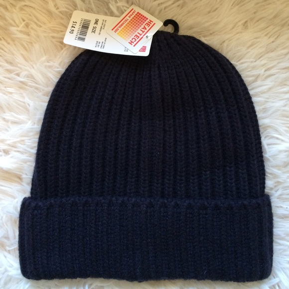ed3234adf1b Uniqlo HEATTECH navy blue knitted beanie