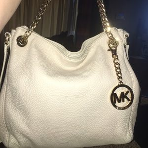 Michael Kors Handbags - Michael Kors Pebbled Leather Bag