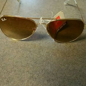 Gold ray Ban aviator NWT