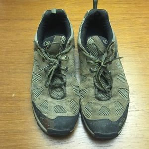 Salomon Other - Men's Hiking Sneakers - used condition