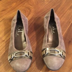 AGL Shoes - AGL Oval Suede Wedges