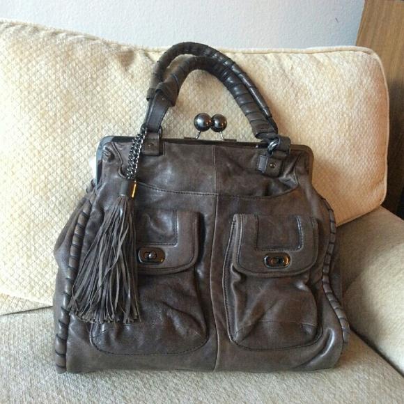 Cynthia Rowley Handbags - Large grey leather frame bag. Kiss lock closure. bdc0a694cc0da