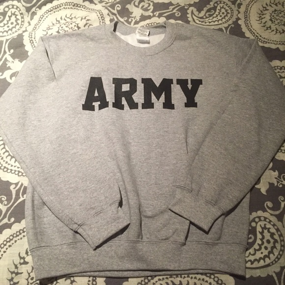 34% off ARMY Sweaters - Nwot US Army crewneck sweatshirt ...