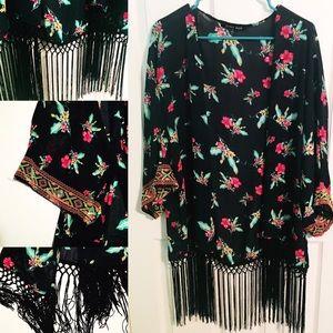 Sweet Rain Sweaters - NWOT Sweet Rain Navy Floral Kimono
