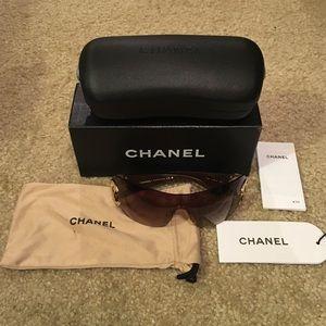 Authentic Chanel 4125 Sunglasses