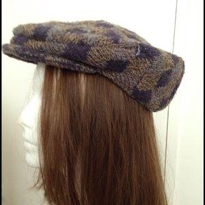Grevi Accessories - Wool purple & brown cap  women size M