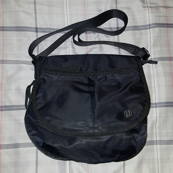 fc76e19db29 lululemon athletica Handbags - Lululemon The Essentials Bag Crossbody