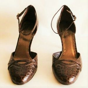 Shoes Brown Ankle Straps Reptile Pattern size 7.5