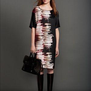 *NWT* Halston Heritage Firework Print Satin Dress