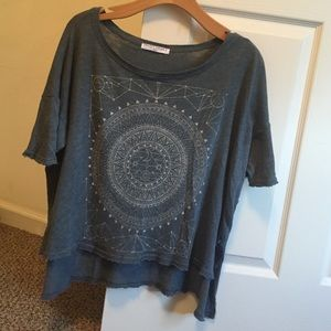 UO graphic top