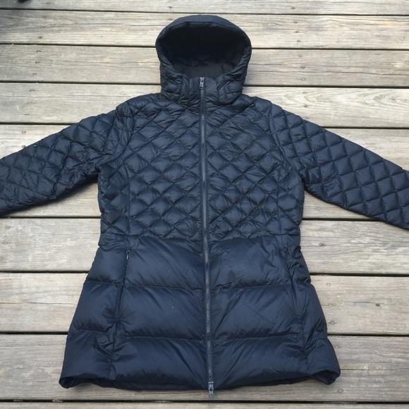 Women s Black North Face Light Puffer Jacket. M 57c5bcfe2599fe294a006453 2f5b058ece