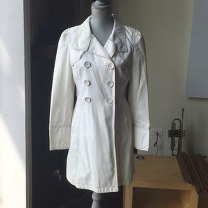 Guess trench, size M