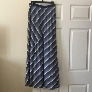 bobeau Dresses & Skirts - 🎉HP🎉Blue and white striped maxi skirt